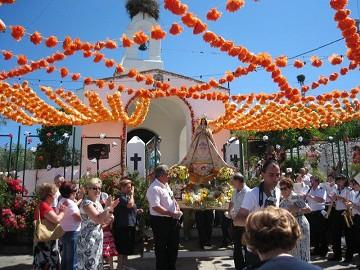 De maagd Loreto's centrale rol in Santa Pola - Van Dam Estates