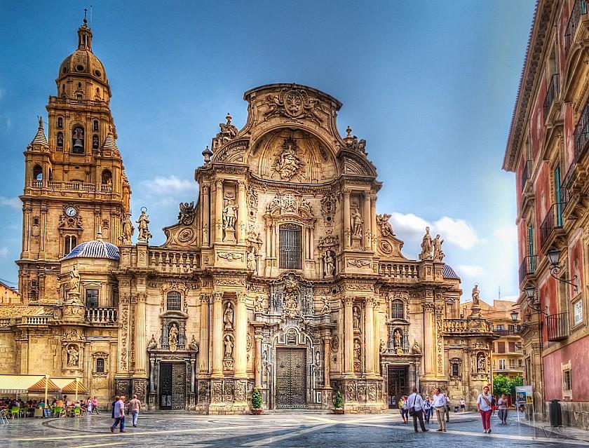 De kathedraal is de trots van Murcia - Van Dam Estates