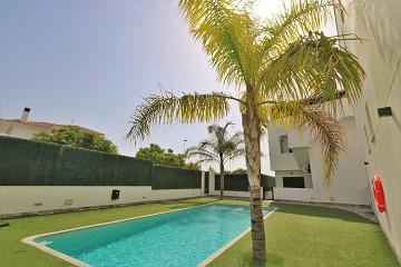 Begane grond appartement met zwembad in San Pedro - Van Dam Estates