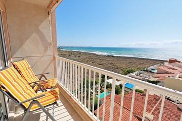 Zeezicht appartement in Punta Prima - Van Dam Estates
