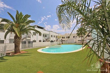 Penthouse met uitzicht park dichtbij strand & restaurants - Van Dam Estates