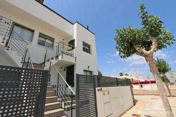 Penthouse met uitzicht park dichtbij strand & restaurants ?> - Van Dam Estates