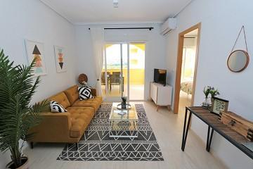 Sfeervol appartement met riant balkon in Torrevieja ?> - Van Dam Estates